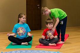 meditazione-bambini-paola-bezzo.jpg