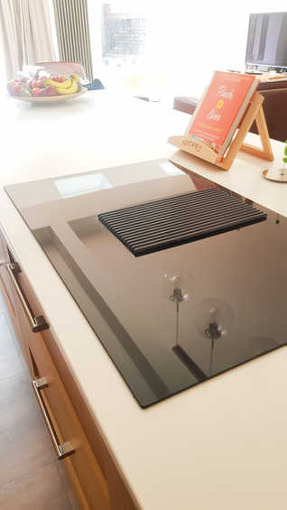 """Elica """"Prime"""" induction & extrcation hob"""