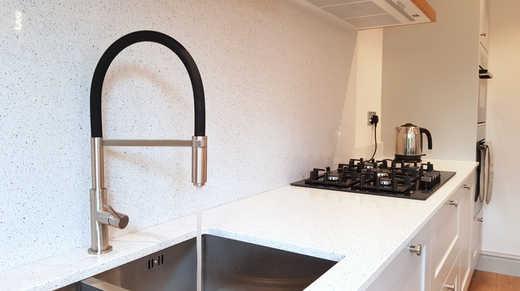 1810 Spirale spray tap & silk steel sink