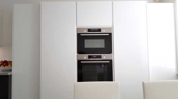 Bosch ovens with larder fridge & freezer