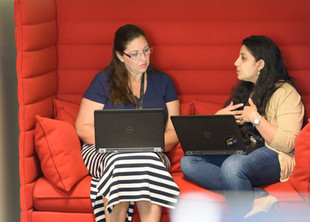 commercial-photography-interior-lounge-meeting-candid.JPG