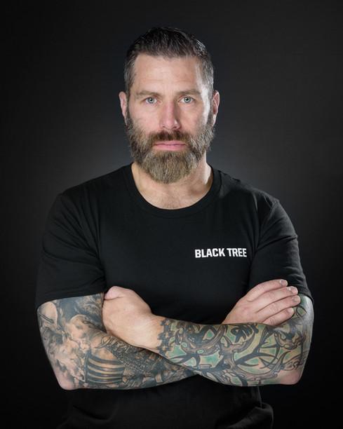 headshot-portrait-photography-on-location-self-defense-military-trainer (2).jpg