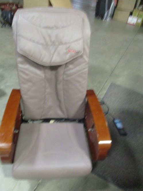 5 PEDICURE MASSAGE SPA CHAIRS WITH SSTOOLS - Used items
