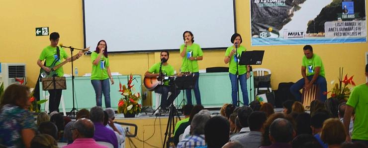 SOM DO CAMINHO canta na SEMESP