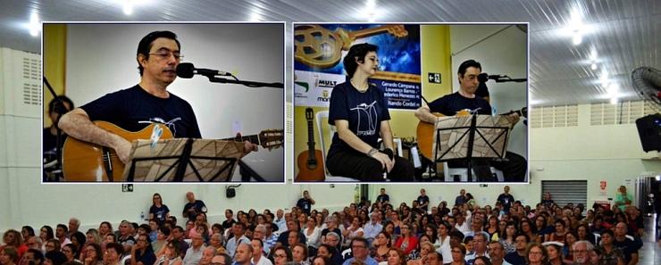 RÔMULO TAVARES canta na Semesp
