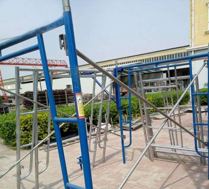 Walk through Frame Scaffolding Tower2