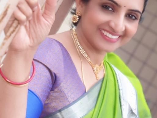 serial Actress sujitha dhanush hot saree photos from Instagram