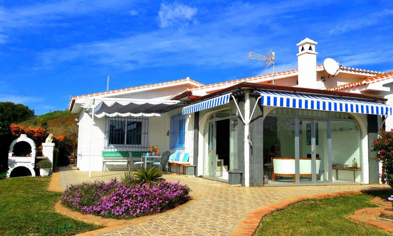 cortijo-molino-almayate-4-roofed-terrace