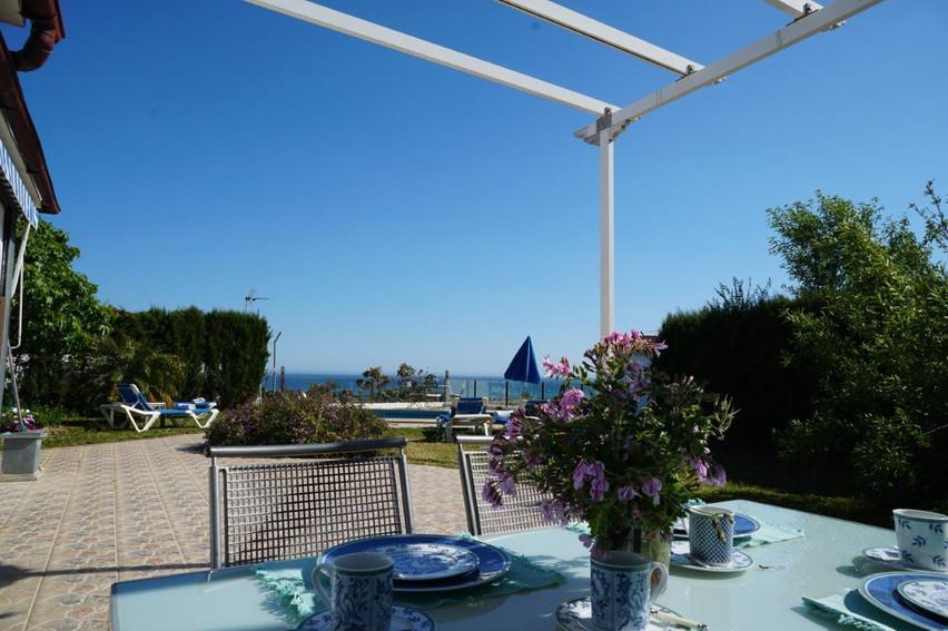 cortijo-molino-almayate-7-roofed-terrace
