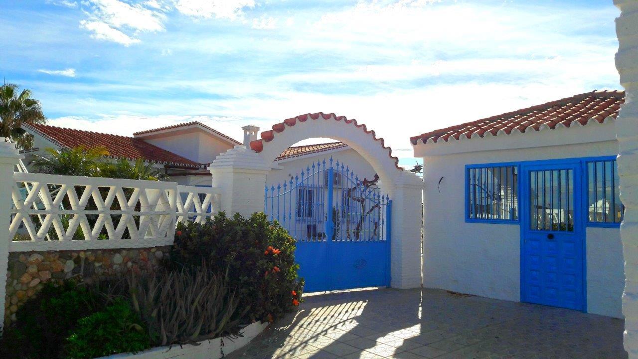 cortijo-molino-almayate-10-main-entrance