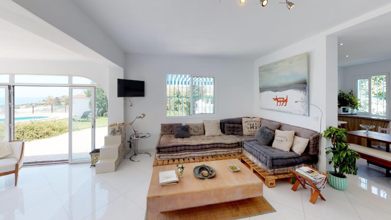 cortijo-molino-almayate-10-main-house-li