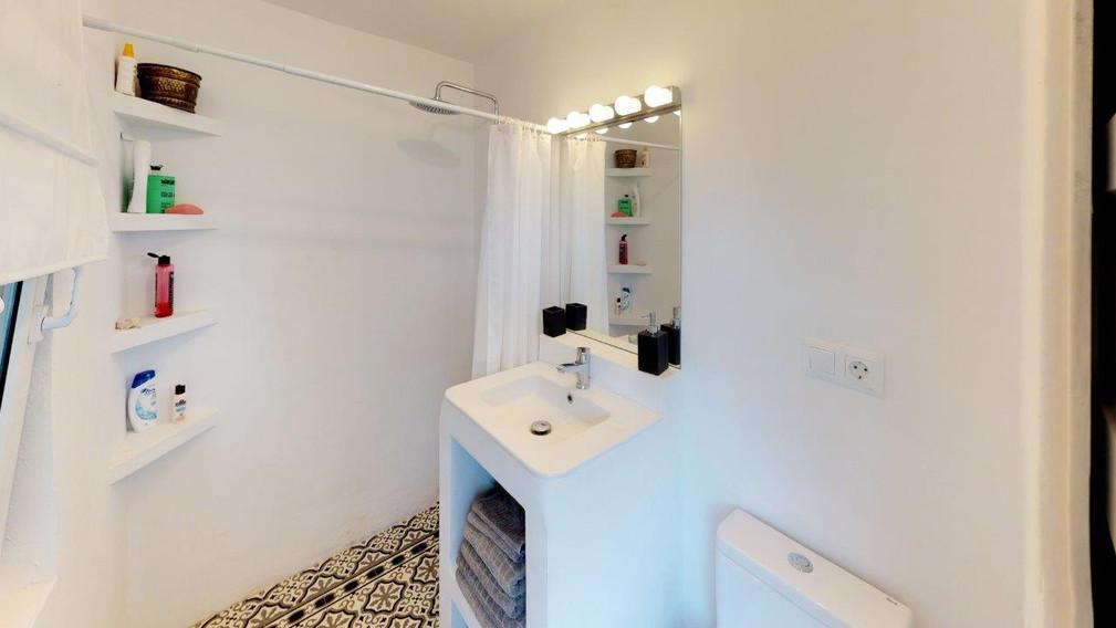 Cortijo-Noche-Bathroom(1).jpg