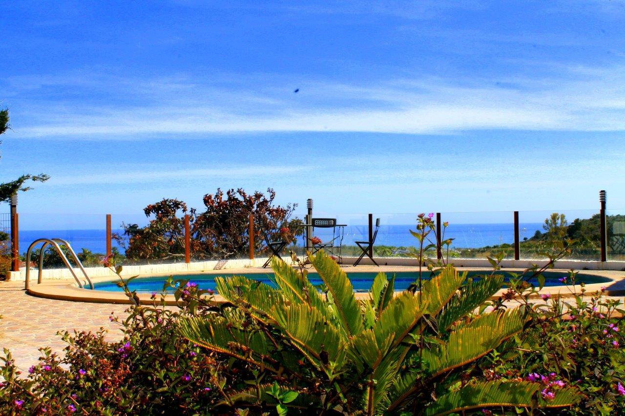 cortijo-molino-almayate-1-pool-sea-views