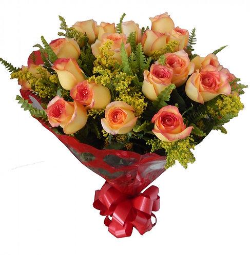 Buquê 18 Rosas Amarelas