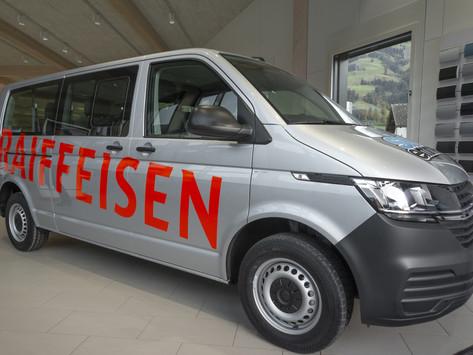 Neuer Teambus