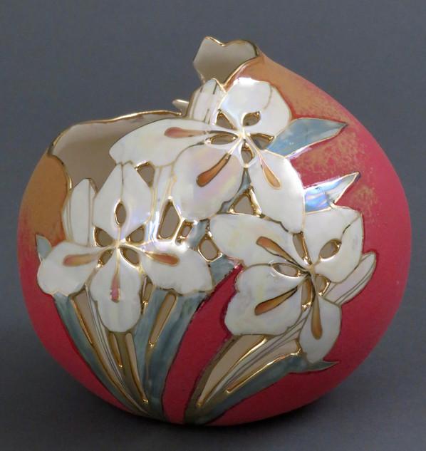 Spherical vase