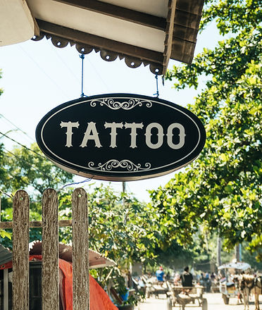 Tattoo%20shop%20in%20Gili%20Air_edited.jpg