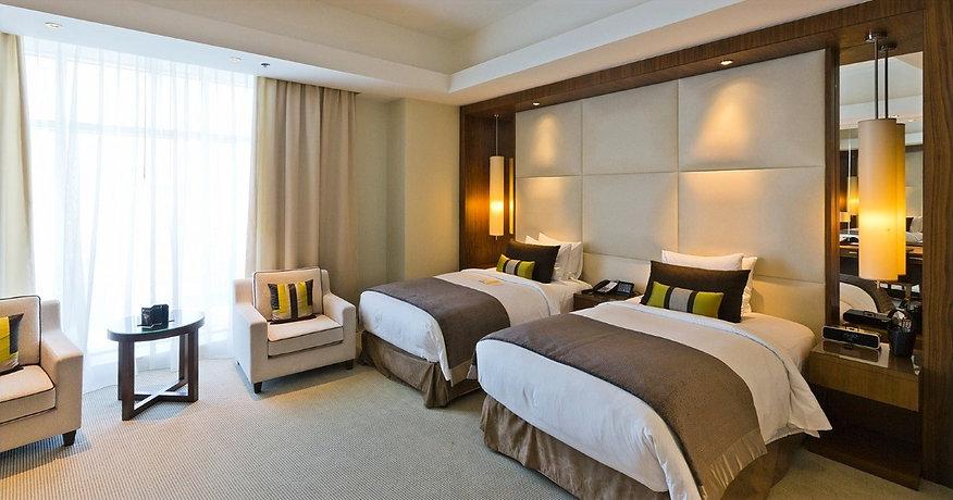 UK-Hotels_edited.jpg