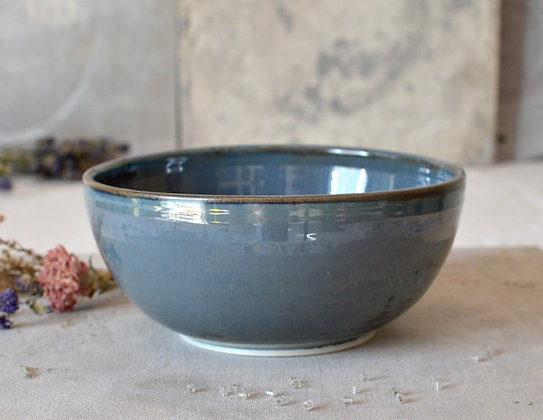 Mavi Serving Bowl (large)