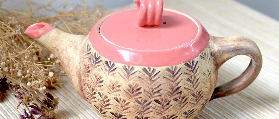 Bubblegum tea pot