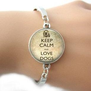 Keep calm and love dogs armband