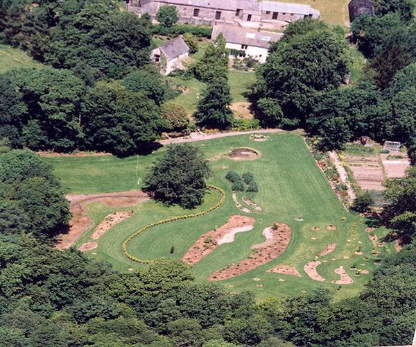 2002 aerial llwyngarreg.jpg