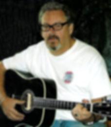 Les & Guitar_InPixio_InPixio_InPixio.jpg