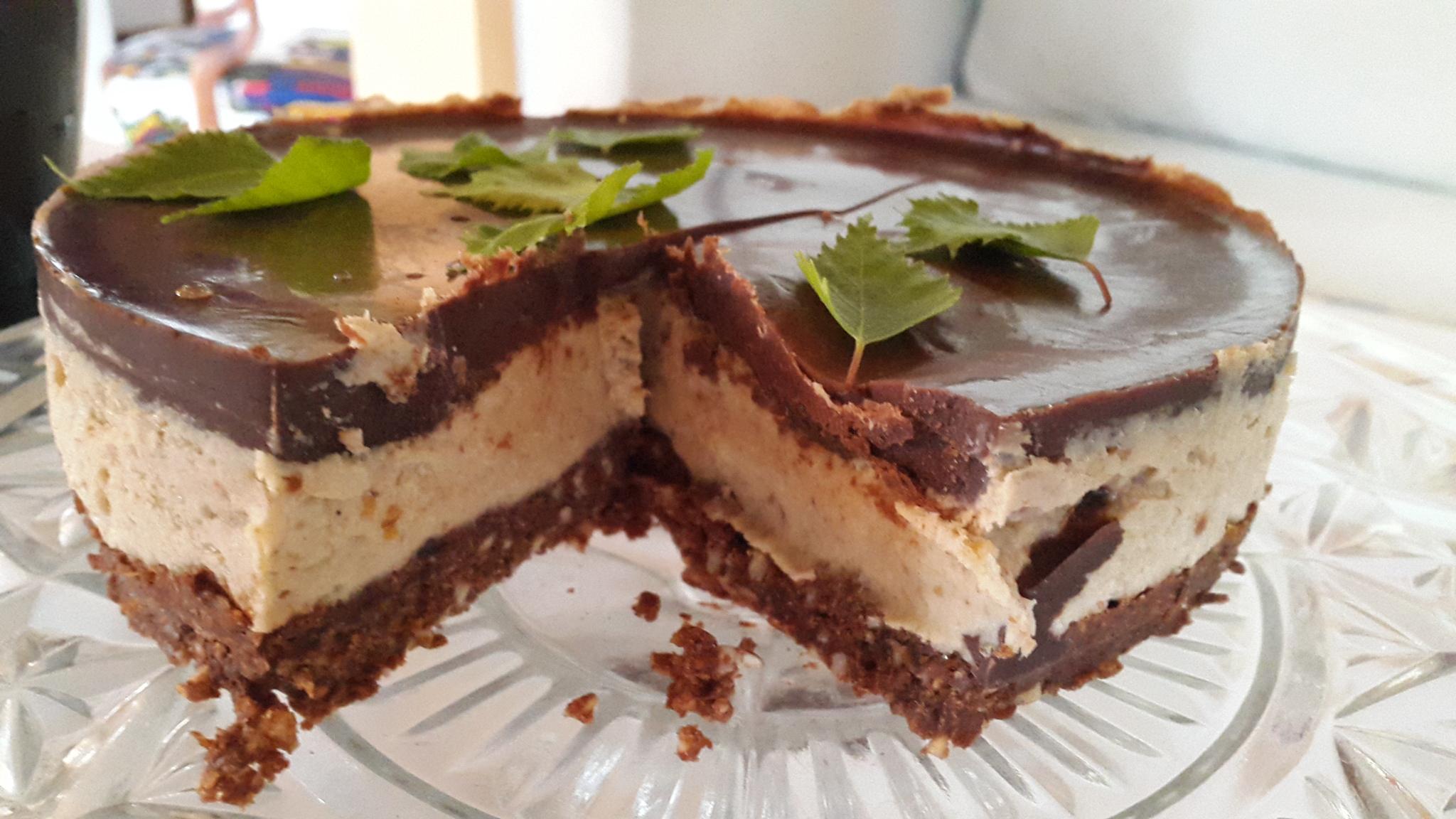Raw Kakao/Björklöv tårta