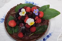 Raw Björnbär/Kakao tårta