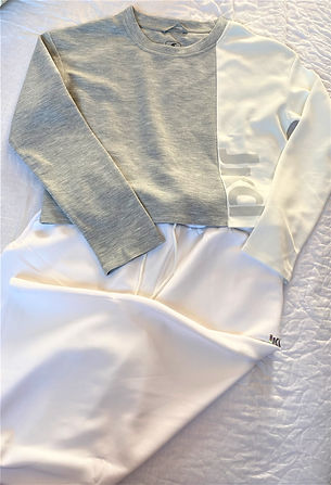 completo maglia bianca grigia con pantal