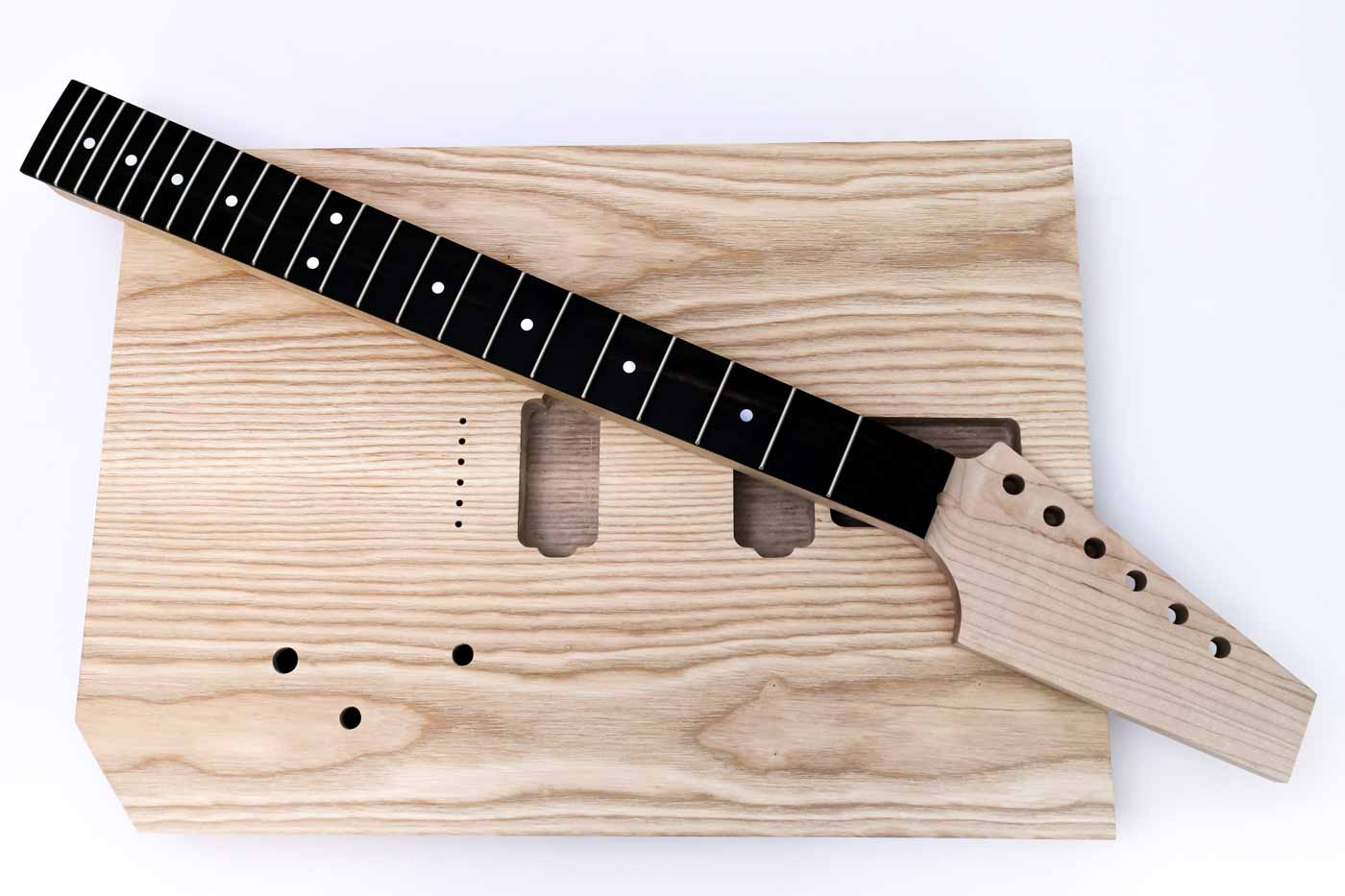 UnCut-Kit-Guitar (2 of 13).jpg