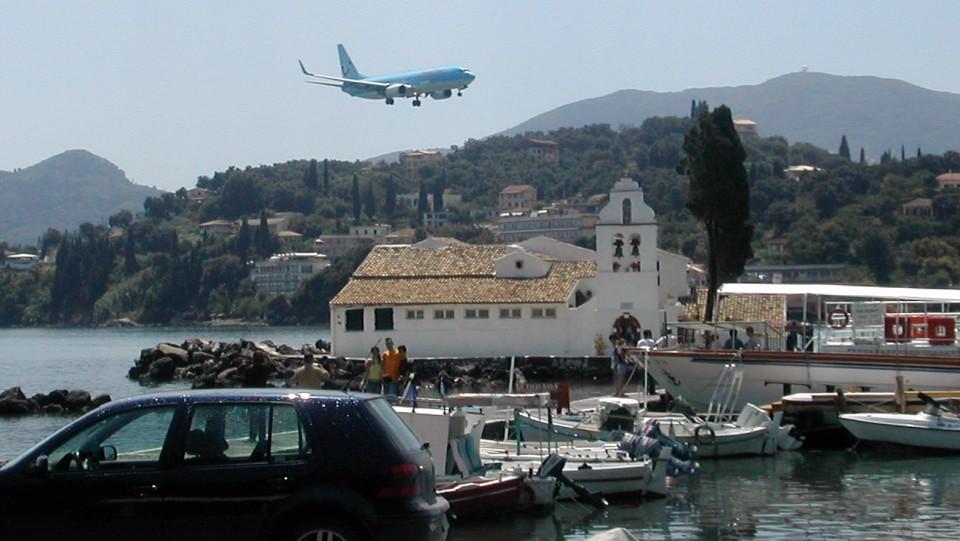 Korfu, Pontikonisi