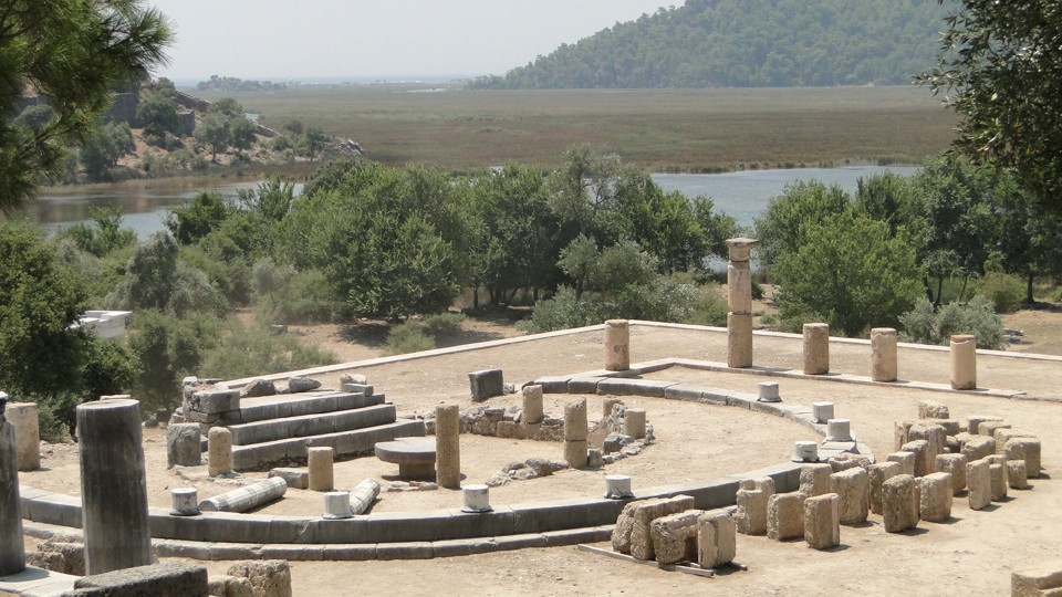 Dalyan-folyó, az ókori Kaunos