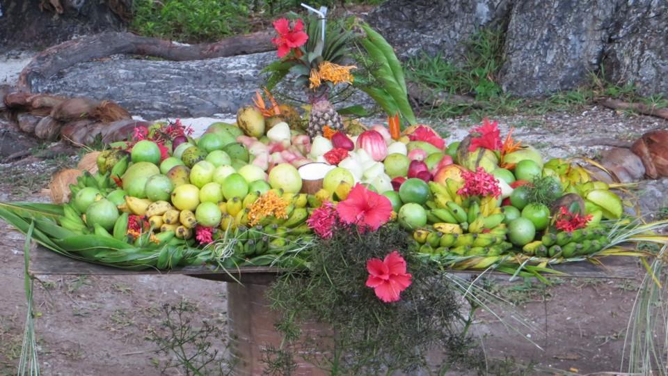 seychellei gyümölcstál