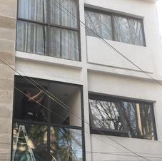 Instalación de ventanal fijos + Proyección especial