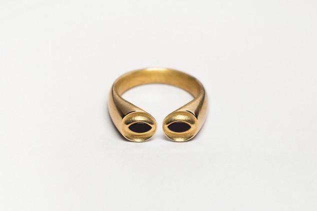 Onyx Eyes Ring