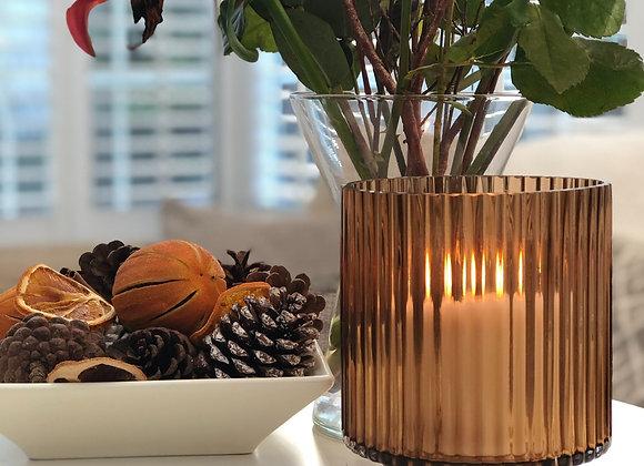 Riffle candle holder