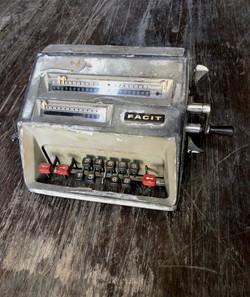 Calculatrice de bureau année 50