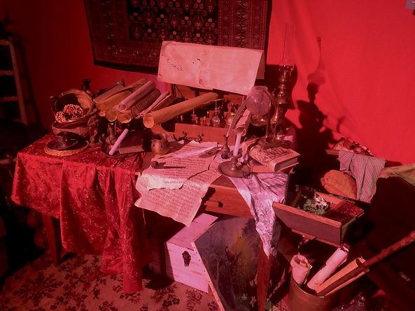 Bureau d'Apothicaire - Tente de Melquiad