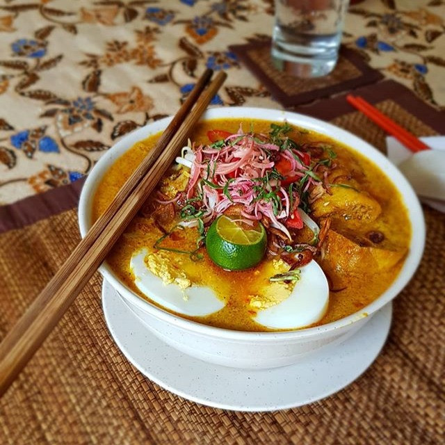 Curry Laksa from Lazat Cookery School