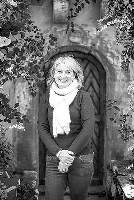 Claire SWEET VERVEINE_edited.jpg