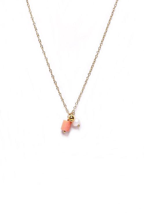 Colgante Amuleto Coral Oro