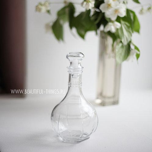 Стеклянная бутылочка с крышкой, 500 мл.