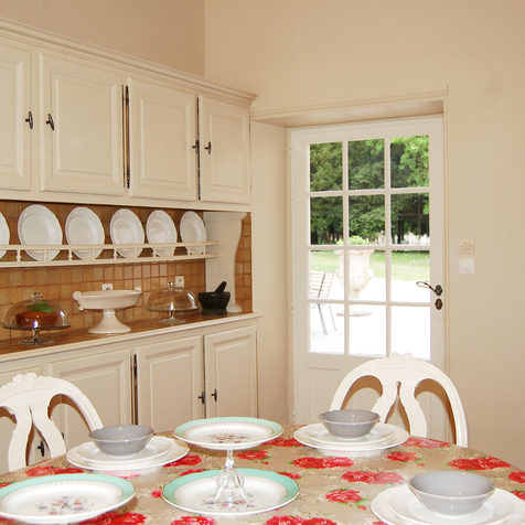 Chateau La Perriere - Kitchen.jpg