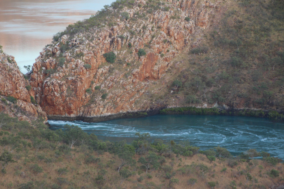 A place you truely can't describe... Horizontal Falls!!