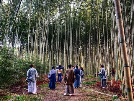 足元から寒い京都の冬の撮影