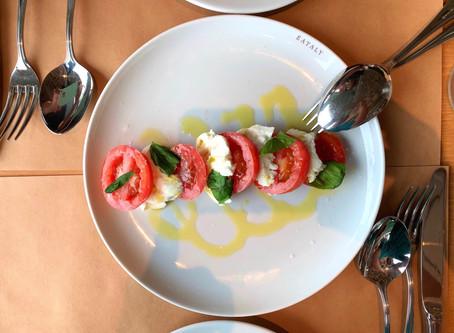お昼にEataly再び : カプレーゼ、コルツゥッティに真鯛のソテー