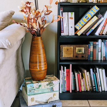 5 Surprising Ways to Save Money by Thrift Store Shopping
