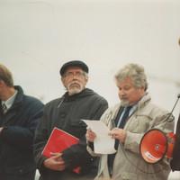 Petr Pithart a Jakub Patočka před Temelínem