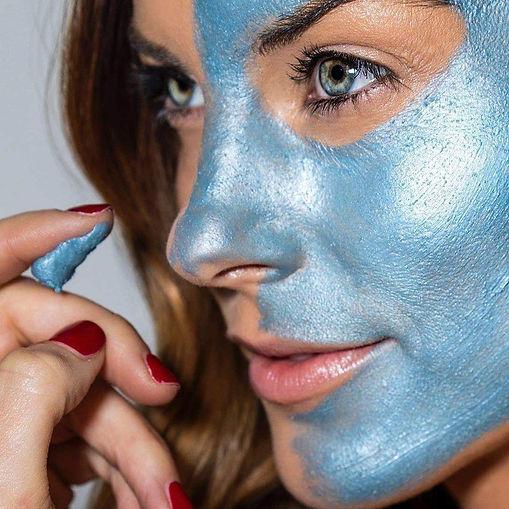 blue facial mask with argan oil in Singa